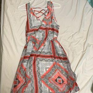 Above knee spring/summer dress.